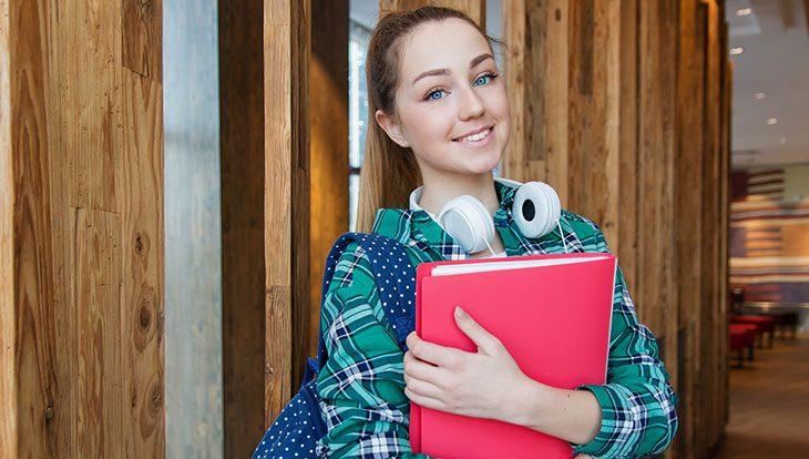 девушка студентка